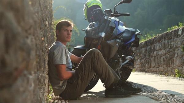 Video Ghete Moto GAERNE G. RAZOR · Negru